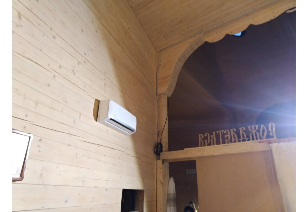 Монтаж кондиціонера Therminator 3.2 NS/NU-12AHEw в церкві